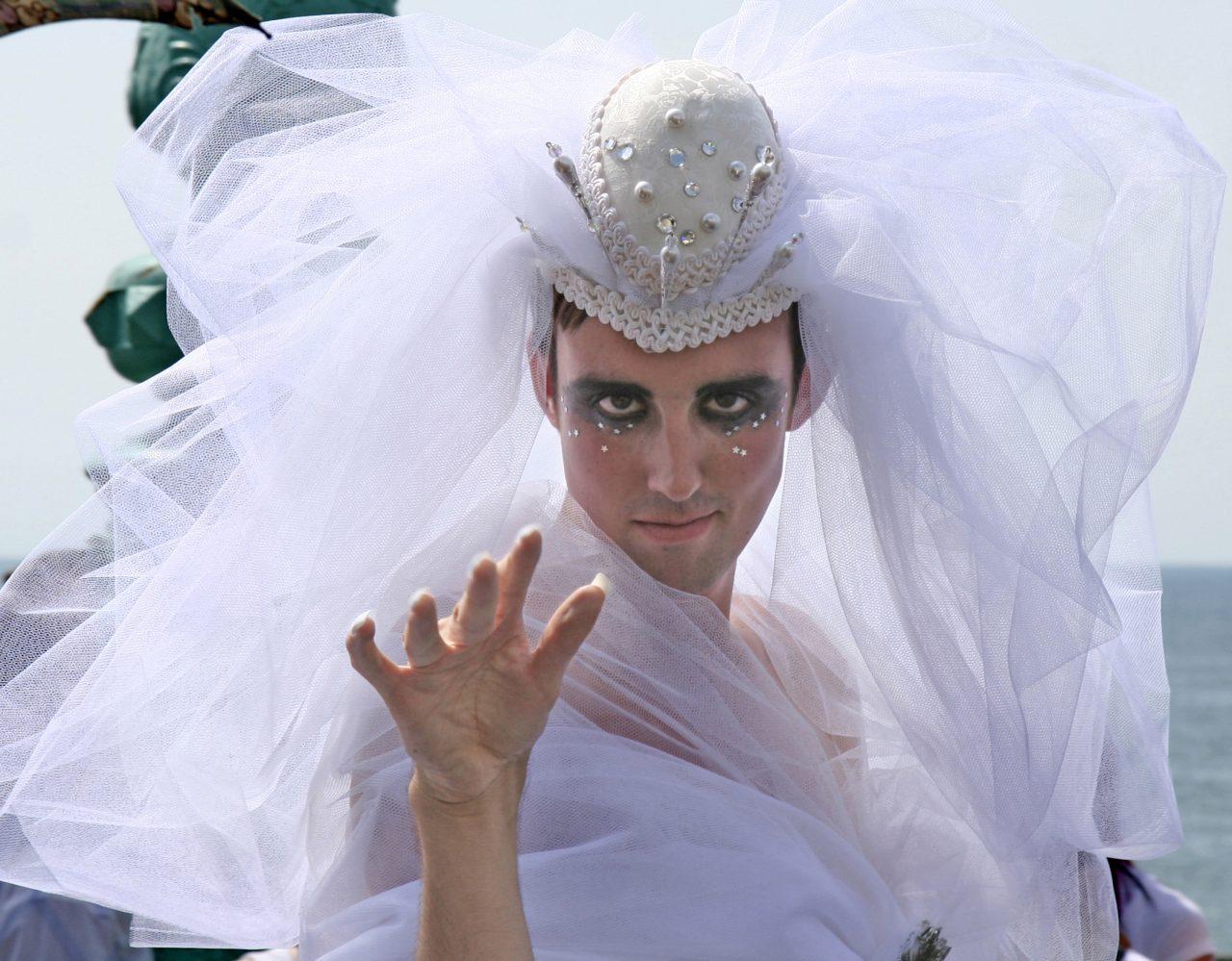 Платья свадебные смешные картинки